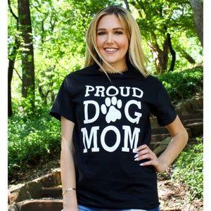 Tops - Proud Dog Mom Graphic Tee